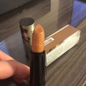 Urban Decay Makeup - Urban Decay beached lipstick shade * Tower 1*